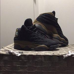Jordan Army Green/Black Suede Size 6 Kids